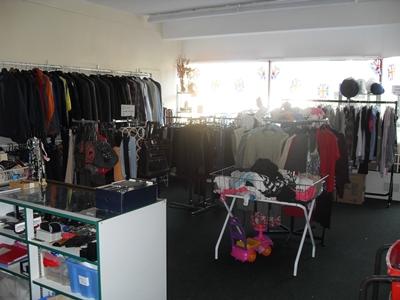 Leigh Shop image 2